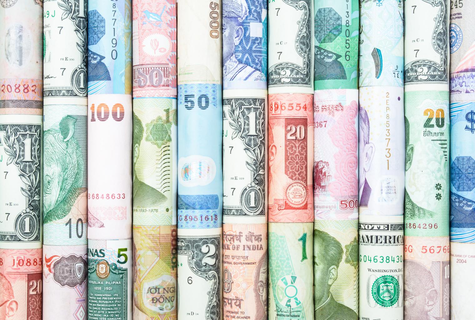 Как не проиграть при вложениях в валюту