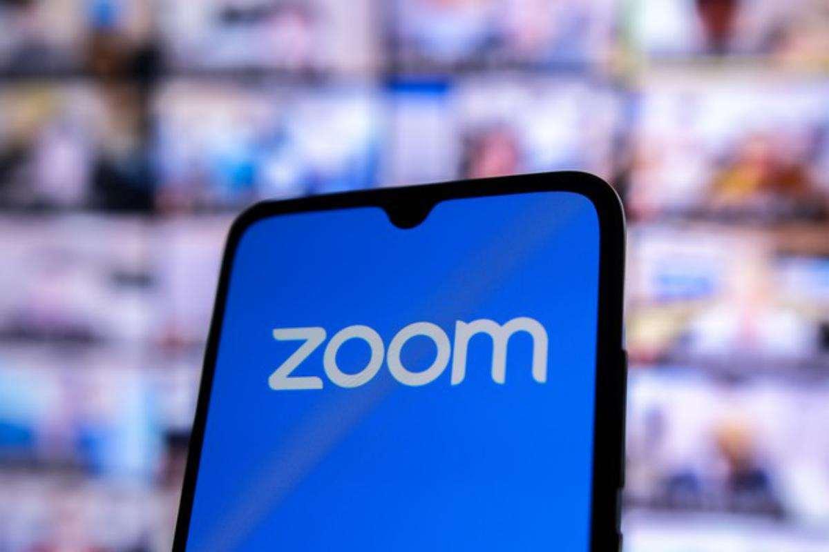 Обзор компаний ZOOM и Xiaomi