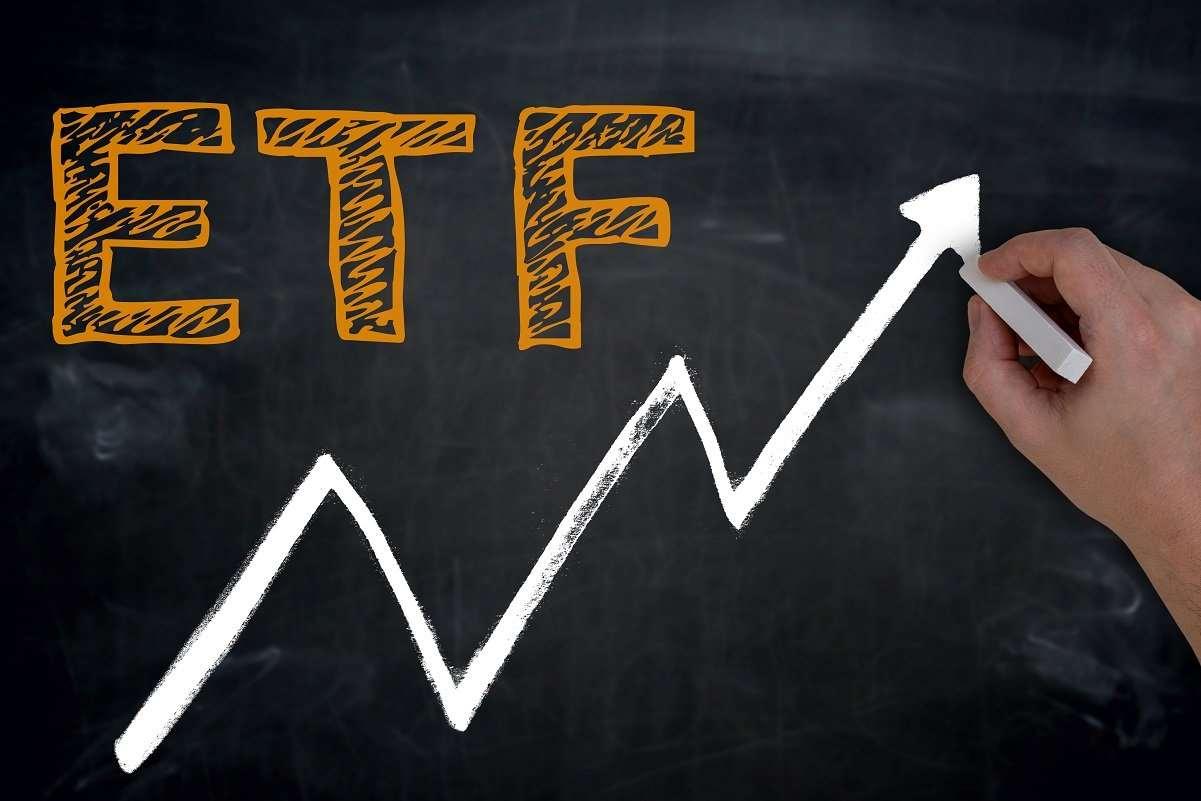 ETF: выгодные инвестиции в экономику
